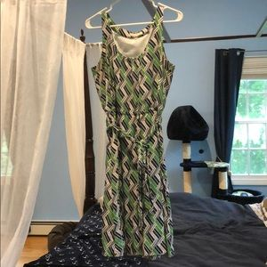 Navy/green/white pattern sleeveless dress with tie